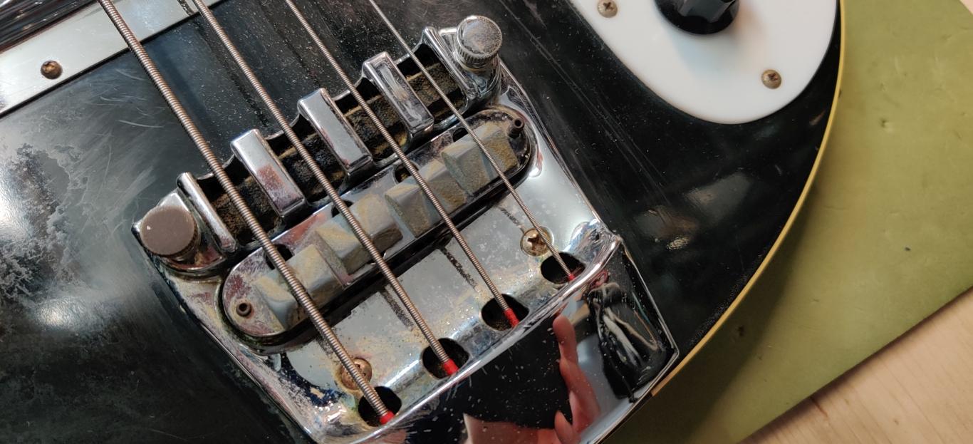 Rickenbacker 4001
