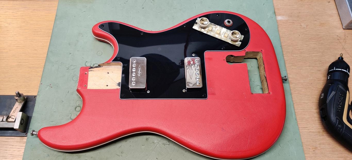Höfner guitar